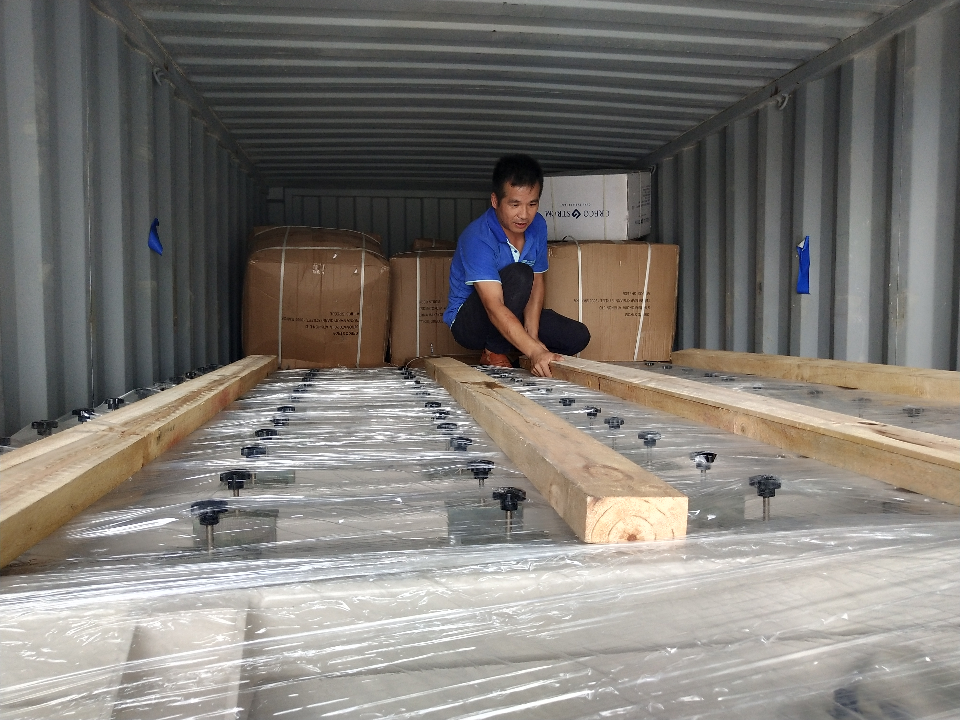 [Stenburg loading time]Loading the tufting machine of Korea client
